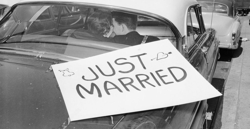 just-married-sign-car
